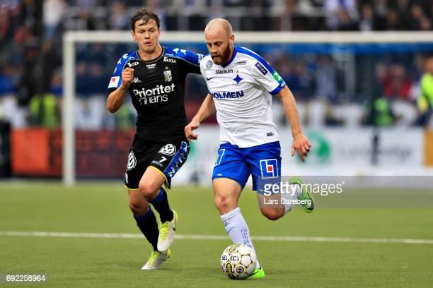 Mads Albæk of IFK Goteborg and Daniel Sjolund of IFK Norrkoping during the Allsvenskan match between IFK Norrkoping and IFK Goteborg on June 4 2017...