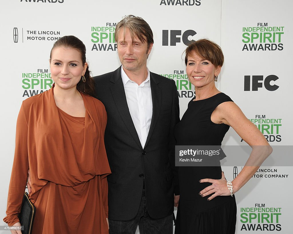 Mads Mikkelsen (C) attends the 2014 Film Independent Spirit Awards at Santa Monica Beach on March 1, 2014 in Santa Monica, California.