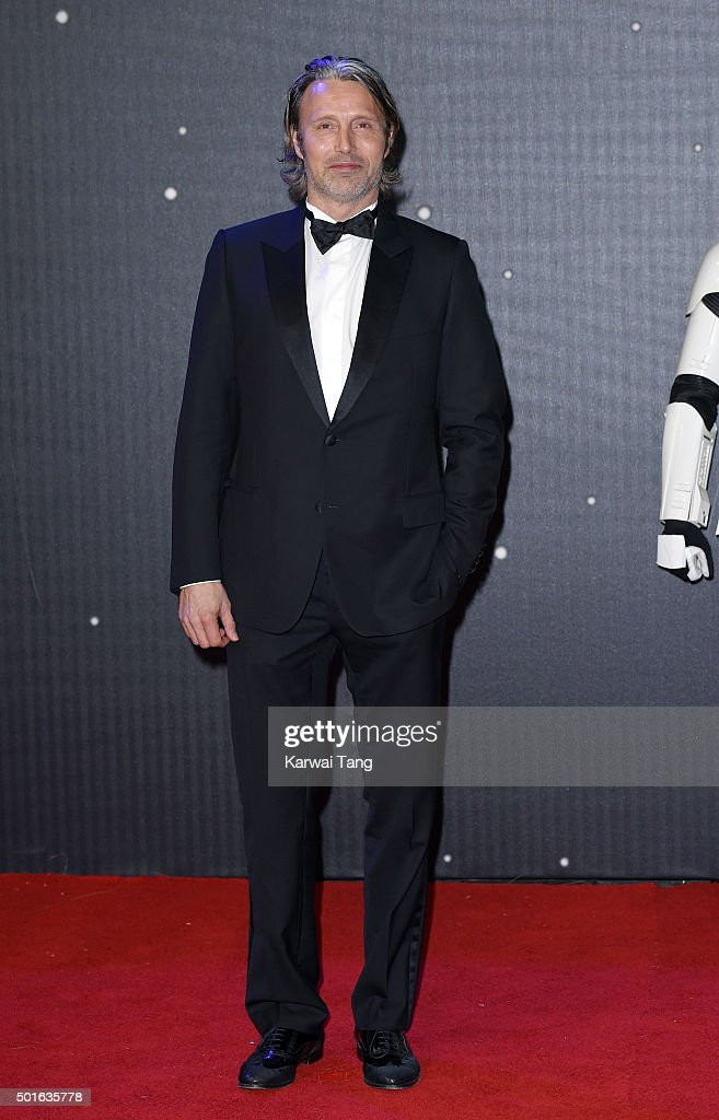 <a gi-track='captionPersonalityLinkClicked' href=/galleries/search?phrase=Mads+Mikkelsen&family=editorial&specificpeople=3003791 ng-click='$event.stopPropagation()'>Mads Mikkelsen</a> attends the European Premiere of 'Star Wars: The Force Awakens' at Leicester Square on December 16, 2015 in London, England.