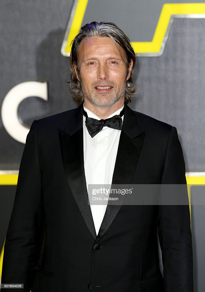 Mads Mikkelson attends the European Premiere of 'Star Wars: The Force Awakens' at Leicester Square on December 16, 2015 in London, England.