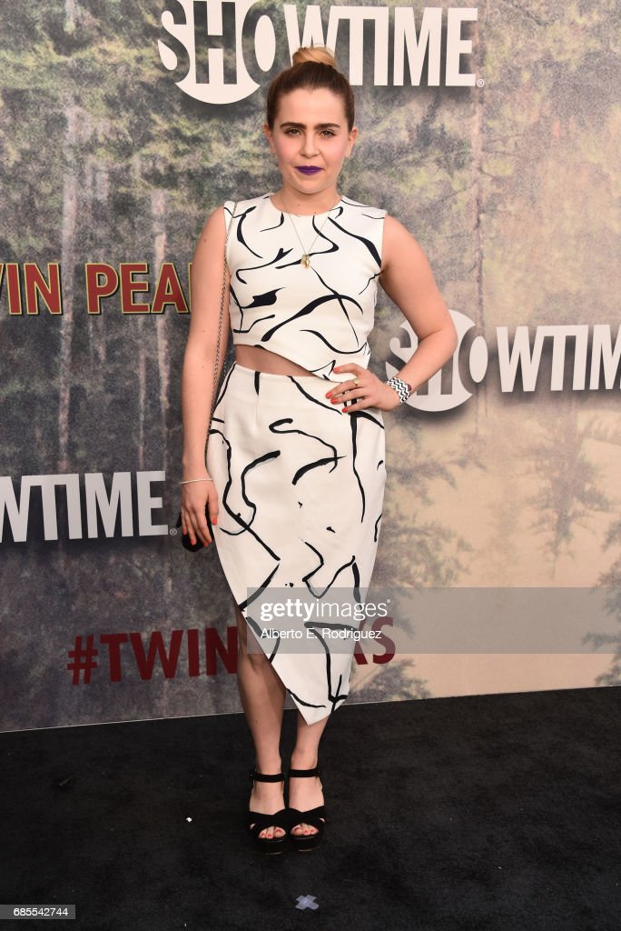Mae Whitman sattends the premiere of Showtime's 'Twin Peaks' at The Theatre at Ace Hotel on May 19, 2017 in Los Angeles, California.