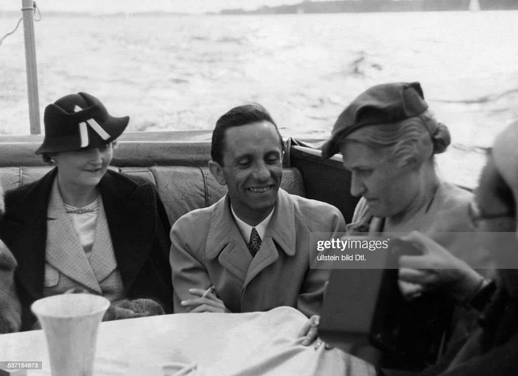 magda goebbels During the past twenty years, innumerable books about the third reich have been published, but little attention has been paid to the women who lived alongside the nazi leaders.