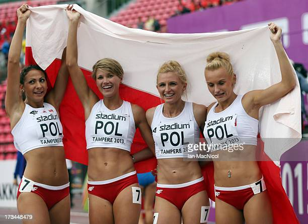 Magdalena Gorzkowska Agnieszka Karczmarczyk Justyna Swiety and Malgorzata Holub of Poland celebrate team to victory in the Women's 4x400m Final...