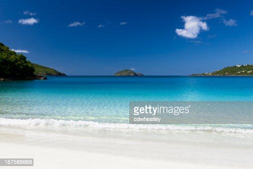 Magens Bay beach in Stt Thomas, US Virgin Islands