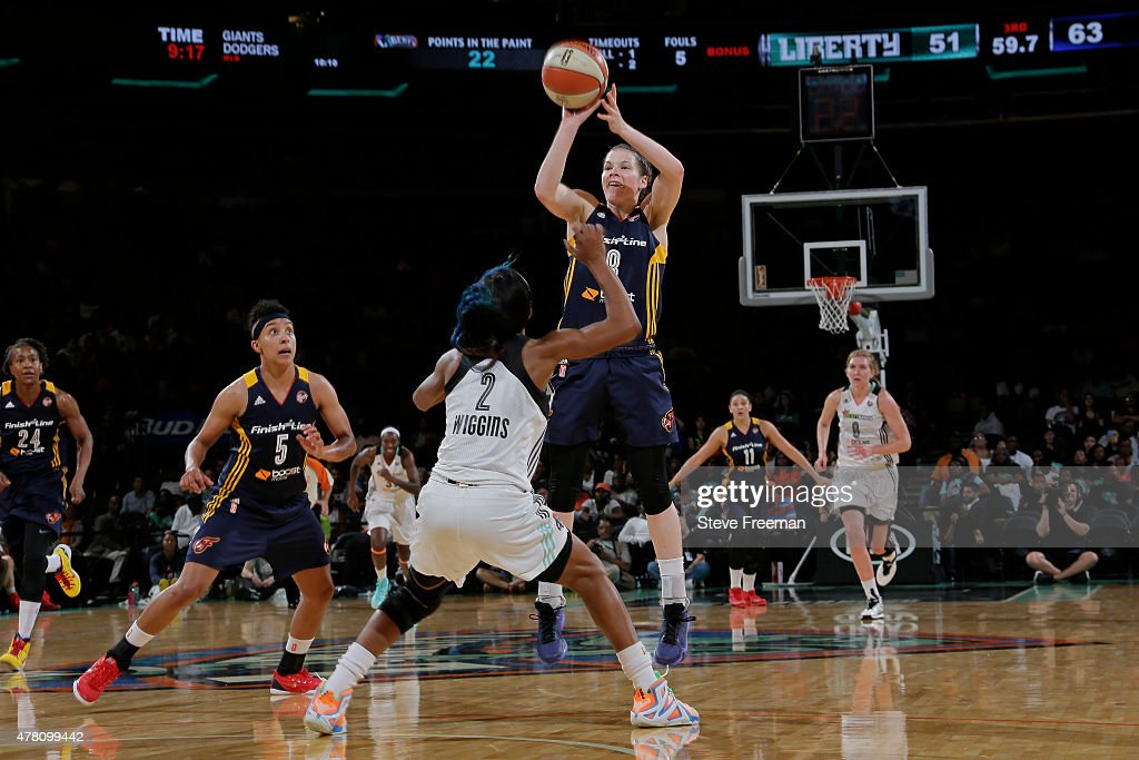 <a gi-track='captionPersonalityLinkClicked' href=/galleries/search?phrase=Maggie+Lucas&family=editorial&specificpeople=7449966 ng-click='$event.stopPropagation()'>Maggie Lucas</a> #8 of the Indiana Fever shoots against the New York Liberty at Madison Square Garden on June 19, 2015 in Phoenix, Arizona.