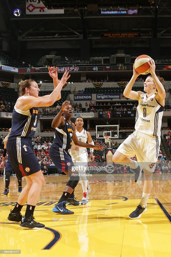 <a gi-track='captionPersonalityLinkClicked' href=/galleries/search?phrase=Maggie+Lucas&family=editorial&specificpeople=7449966 ng-click='$event.stopPropagation()'>Maggie Lucas</a> #8 of the Indiana Fever takes a shot against the Connecticut Sun on May 29, 2014 at Bankers Life Fieldhouse, Indianapolis, IN.
