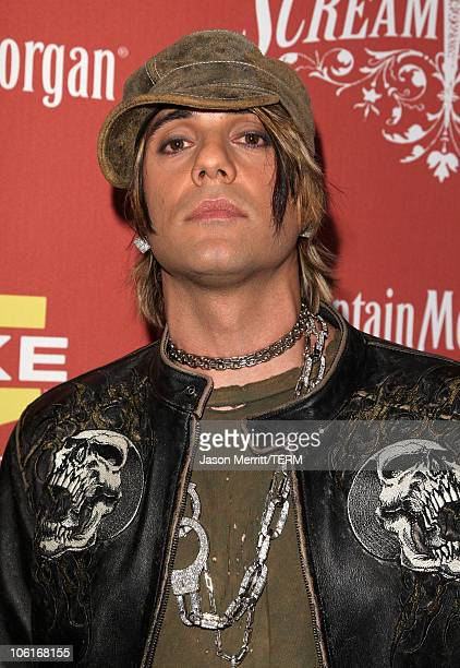 Magician Criss Angel arrives at the 2007 Spike TV Scream Awards at The Greek Theater on October 19 2007 in Los Angeles California