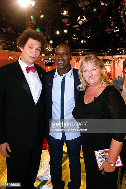 Magician humorist Eric Antoine Main guest of the show and actor Omar Sy and actress Charlotte de Turckheim presents the tTV show 'Vos objets ont une...