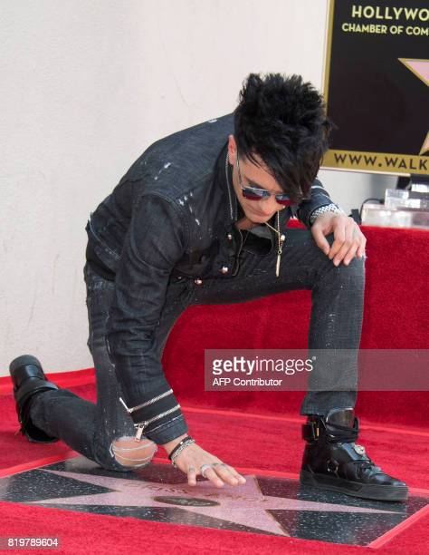Magicien Criss Angel attends his star unveiling ceremony on the Hollywood Walk of Fame on July 20 in Hollywood California / AFP PHOTO / VALERIE MACON