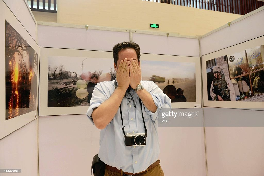 Magnum photographer cameras nikon