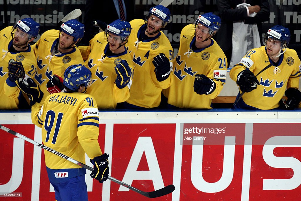 Switzerland v Sweden - 2010 IIHF World Championship