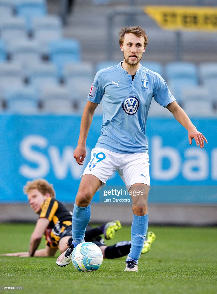 <a gi-track='captionPersonalityLinkClicked' href=/galleries/search?phrase=Magnus+Wolff+Eikrem&family=editorial&specificpeople=6328032 ng-click='$event.stopPropagation()'>Magnus Wolff Eikrem</a> of Malmo FF during the Allsvenskan match between Malmo FF and BK Hacken at Swedbank Stadion on May 1, 2016 in Malmo, Sweden.