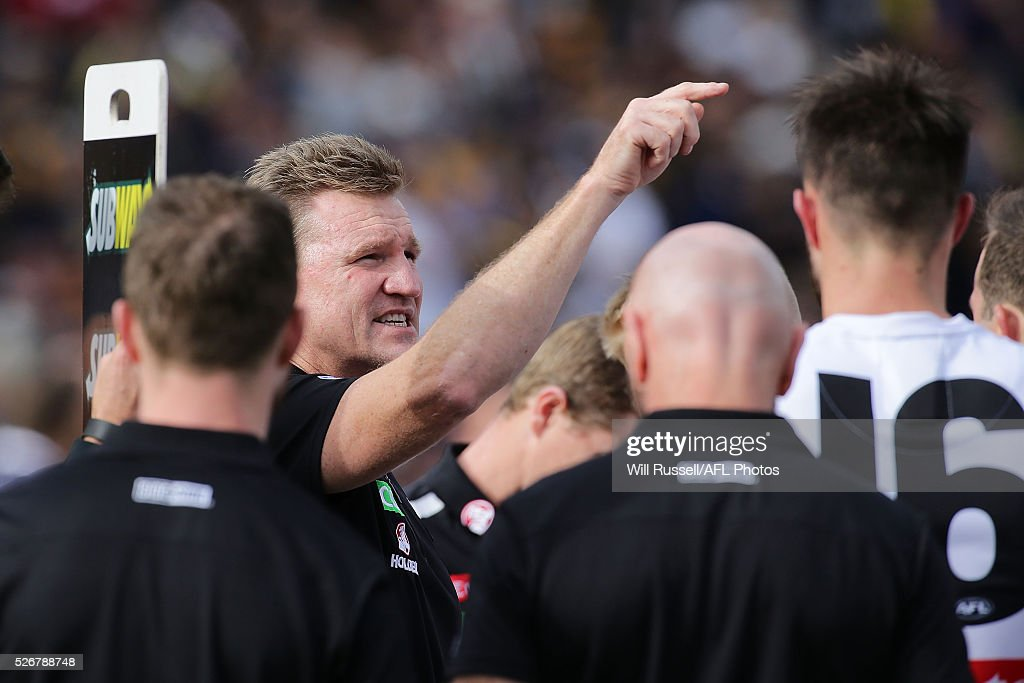 Magpies coach Nathan Buckley addresses the players at the quarter time breakduring the round six AFL match between the West Coast Eagles and the Collingwood Magpies at Domain Stadium on May 1, 2016 in Perth, Australia.