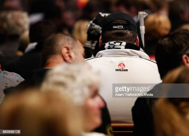 Magpies fans wait for proceedings to start during the former Collingwood legend Lou Richards state funeral at St Paul's Cathedral on May 17 2017 in...