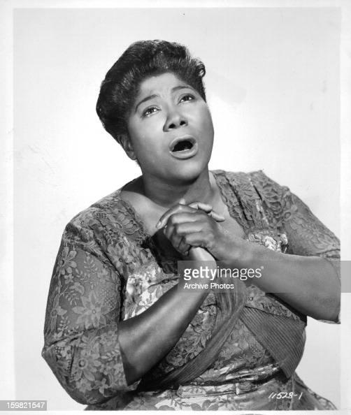 mahalia jackson January 28, 1972 obituary mahalia jackson, gospel singer, and a civil rights symbol, dies by alden whitman mahalia jackson, who rose from deep south poverty to world.