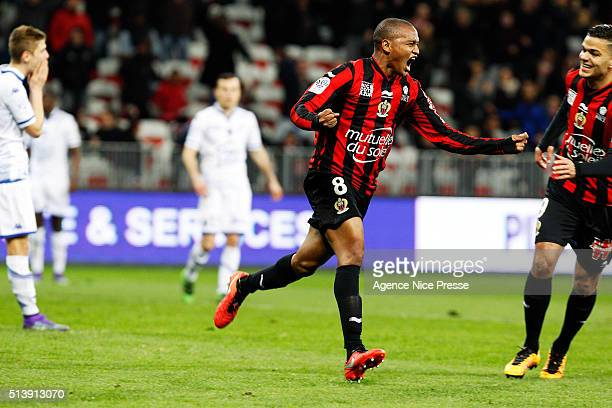 Mahamane Traore of OGC Nice celebrates his goal during the French Ligue 1 match between OGC Nice v ESTAC Troyes at Stade Municipal du Ray on March 5...