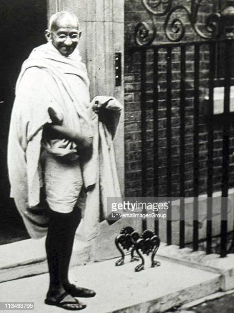 Mahatma K Gandhi Indian Lawyer and leader of the movement for India's independence visited Britain in 1931 to attend the second Round Table...
