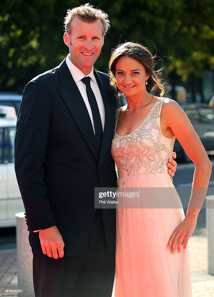<a gi-track='captionPersonalityLinkClicked' href=/galleries/search?phrase=Mahe+Drysdale&family=editorial&specificpeople=562793 ng-click='$event.stopPropagation()'>Mahe Drysdale</a> (L) and Julietter Haigh (R) attend the 2013 Halberg Awards at Vector Arena on February 14, 2013 in Auckland, New Zealand.