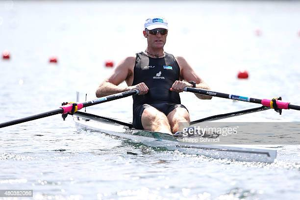 Mahe Drysdale of New Zealand competes in the Men's Single Sculls Semifinal during Day 2 of the 2015 World Rowing Cup III on Lucerne Rotsee on July 11...