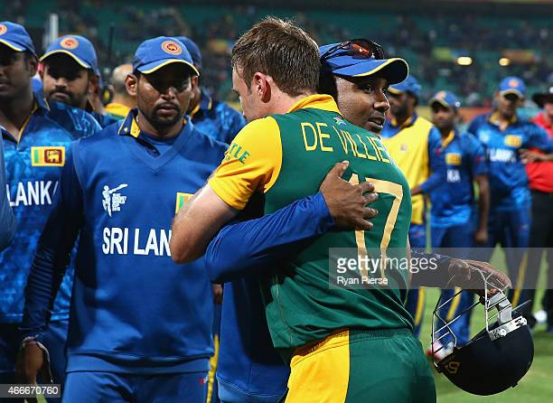 Mahela Jayawardene of Sri Lanka is congratulated by AB de Villiers of South Africa after the 2015 ICC Cricket World Cup Quarter Final match between...