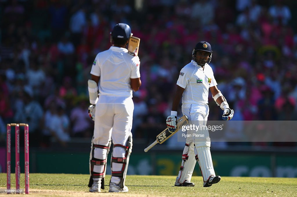 Mahela Jayawardene of Sri Lanka looks dejected after being dismissed by Peter Siddle of Australia during day three of the Third Test match between Australia and Sri Lanka at Sydney Cricket Ground on January 5, 2013 in Sydney, Australia.