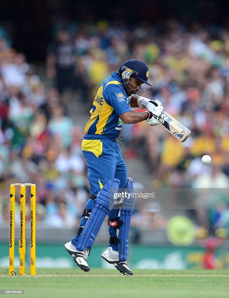 Mahela Jayawardene of Sri Lanka plays a shot during the fourth one-day international between Australia and Sri Lanka at the Sydney Cricket Ground on January 20, 2013. AFP PHOTO / DAN HIMBRECHTS USE