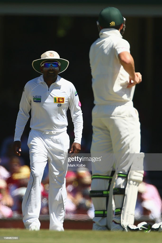 Mahela Jayawardene of Sri Lanka shares a laugh with Peter Siddle of Australia during day three of the Third Test match between Australia and Sri Lanka at Sydney Cricket Ground on January 5, 2013 in Sydney, Australia.