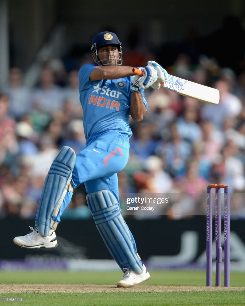 <a gi-track='captionPersonalityLinkClicked' href=/galleries/search?phrase=Mahendra+Singh+Dhoni&family=editorial&specificpeople=539471 ng-click='$event.stopPropagation()'>Mahendra Singh Dhoni</a> of India bats during the 5th Royal London One Day International between England and India at Headingley on September 5, 2014 in Leeds, England.