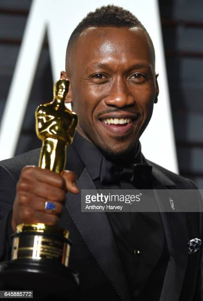 Mahershala Ali attends the 2017 Vanity Fair Oscar Party hosted by Graydon Carter at Wallis Annenberg Center for the Performing Arts on February 26...