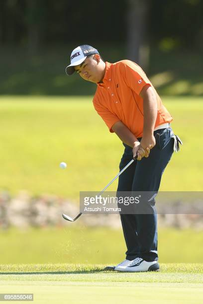 Mahiro Sanda of Japan chips onto the 1st green during the second round of the 2017 TOYOTA Junior Golf World Cup at the Chukyo Golf Club Ishino Course...