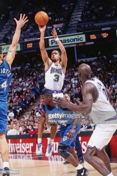 Mahmoud AbdulRauf of the Sacramento Kings shoots against the Minnesota Timberwolves circa 1996 at Arco Arena in Sacramento California NOTE TO USER...