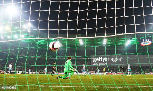 Mahmoud Dahoud of Borussia Moenchengladbach scores a goal during the UEFA Europa League Round of 16 second leg match between Borussia...