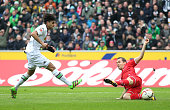 Mahmoud Dahoud of Borussia Moenchengladbach scores his team's first goal during the Bundesliga match between Borussia Moenchengladbach and 1 FC Koeln...