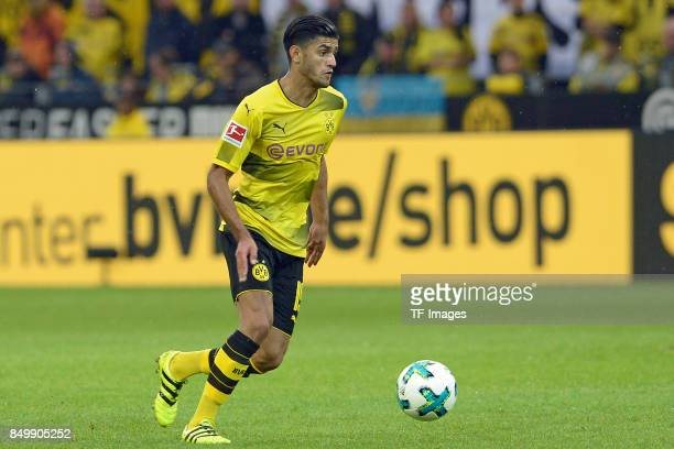 Mahmoud Dahoud of Dortmund controls the ball during the Bundesliga match between Borussia Dortmund and 1 FC Koeln at the Signal Iduna Park on...
