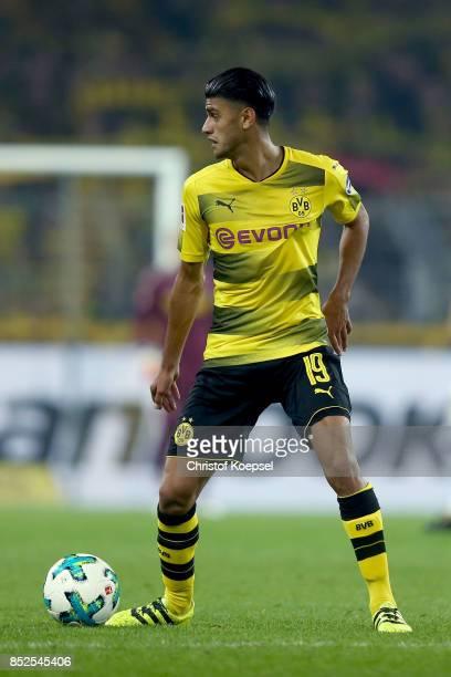 Mahmoud Dahoud of Dortmund runs with the ball during the Bundesliga match between Borussia Dortmund and Borussia Moenchengladbach at Signal Iduna...