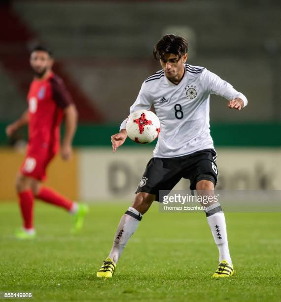 Mahmoud Dahoud of Germany plays the ball during the UEFA Under21 Euro 2019 Qualifier match between U21 of Germany and U21 of Azerbaijan at Stadion...
