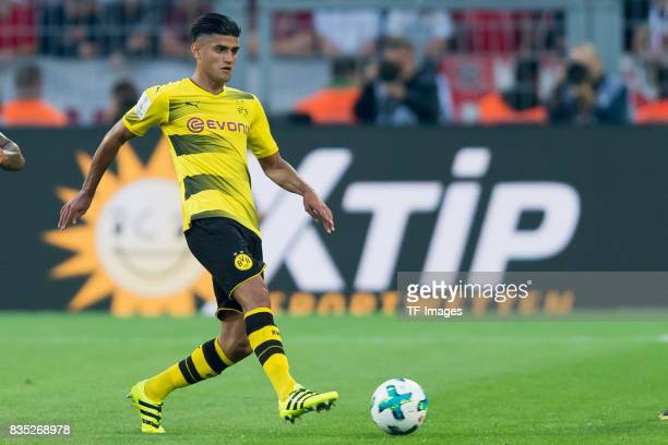 Mahmound Dahoud of Dortmund controls the ball during the DFL Supercup 2017 match between Borussia Dortmund and Bayern Muenchen at Signal Iduna Park...