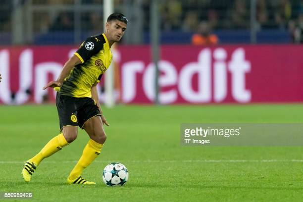 Mahmound Dahoud of Dortmund controls the ball during the UEFA Champions League group H match between Borussia Dortmund and Real Madrid at Signal...