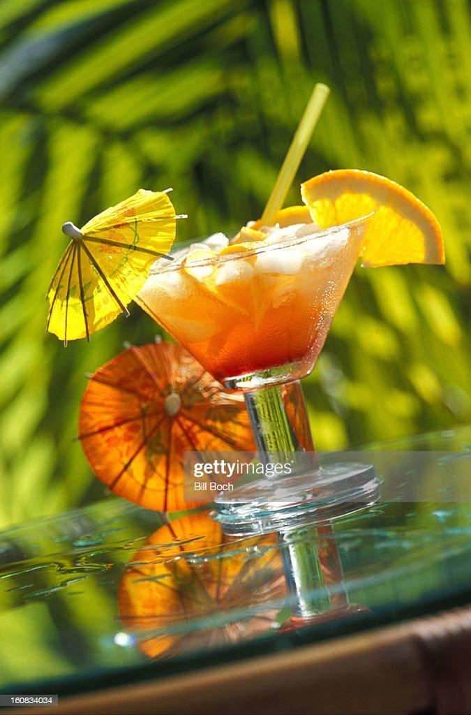 mai tai cocktail with umbrella - photo #2