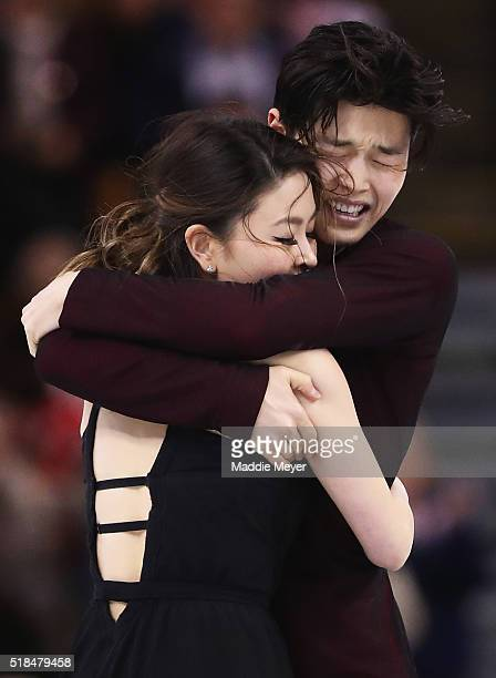 Maia Shibutani and Alex Shibutani of the United States celebrate after completing their Free Dance Program during Day 4 of the ISU World Figure...