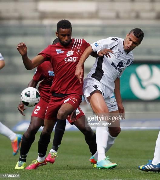 Maicon Da Silva of Reggina competes for the ball with Jonathas of Latina during the Serie B match between Reggina Calcio and US Latina Calcio on...