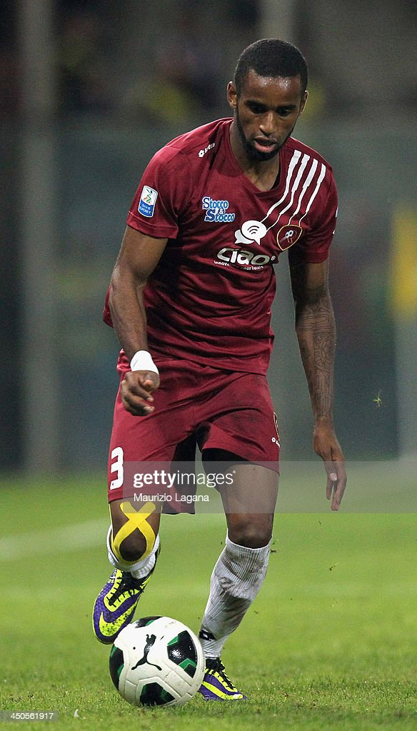 Maicon Da Silva of Reggina during the Serie B match between Reggina Calcio and US Citta di Palermo at Stadio Oreste Granillo on November 16, 2013 in Reggio Calabria, Italy.