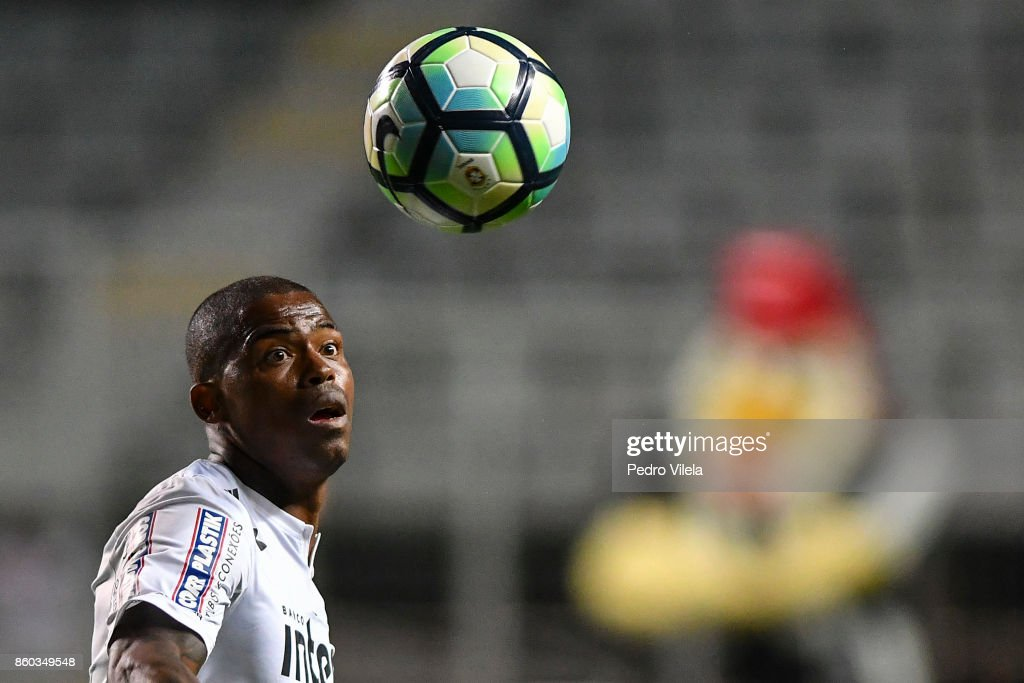 Maicosuel #7 of Sao Paulo a match between Atletico MG and Sao Paulo as part of Brasileirao Series A 2017 at Independencia stadium on October 11, 2017 in Belo Horizonte, Brazil.