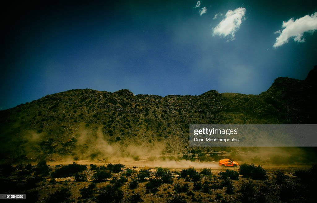 Maik Willems and Rob Van Pelt of the Netherlands for Toyota Bastion Hotels Dakar Team compete on Day 3 of the Dakar Rally 2014 on January 7, 2014 in Uspallata, Argentina.