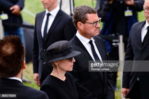 Maike KohlRichter and Kai Diekmann stand behind the coffin of former German Chancellor Helmut Kohl as they arrive with the boot for a requiem at the...