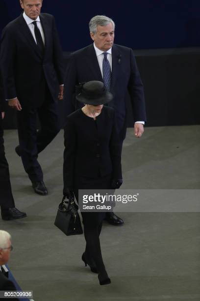 Maike KohlRichter the widow of former German Chancellor Helmut Kohl arrives accompanied by European Council President Donald Tusk and President oft...