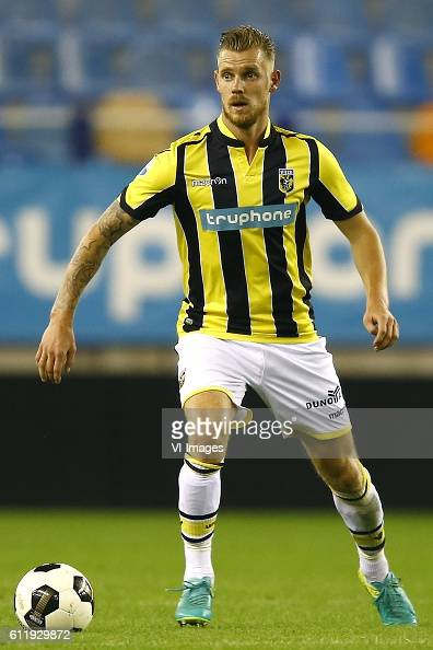 Maikel van der Werf of Vitesse Arnhemduring the Dutch Eredivisie match between Vitesse Arnhem and FC Groningen at Gelredome on October 01 2016 in...