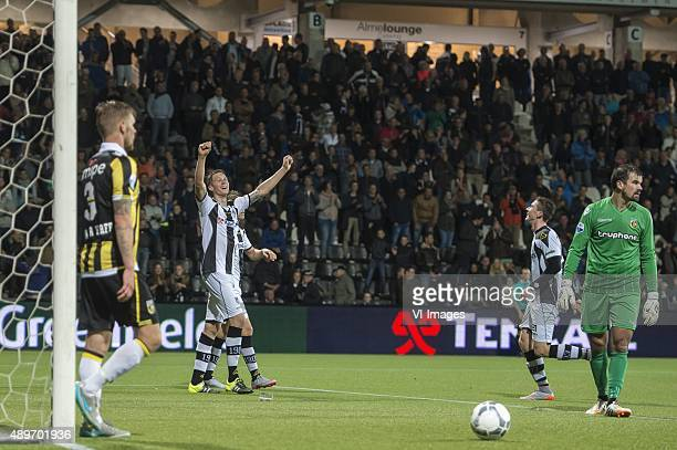Maikel van der Werff of Vitesse Wout Weghorst of Heracles Almelo Robin Gosens of Heracles Almelo goalkeeper Piet Velthuizen of Vitesse during the...