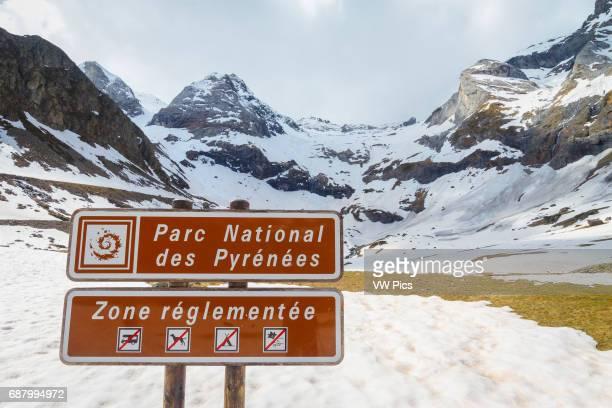 Maillet plateau and signal Troumouse glacier cirque HautesPyrenees department MidiPyrenees region France Europe