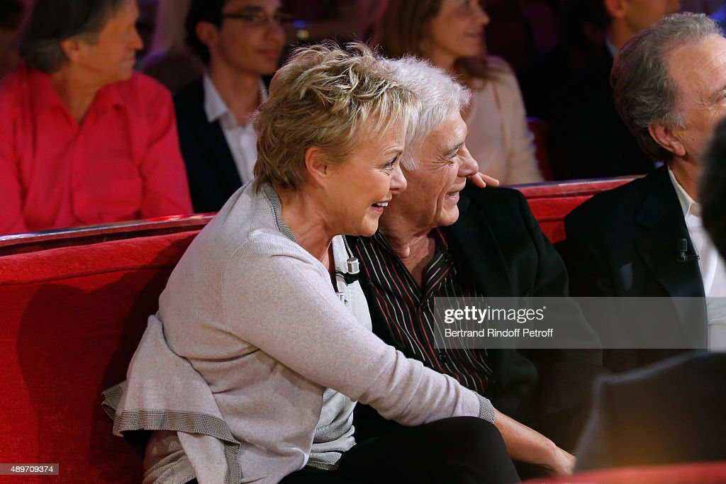 Main Guest of the Show Humorist Muriel Robin and Actor Guy Bedos laugh watching excerpts of the show they did together during the 'Vivement Dimanche'...